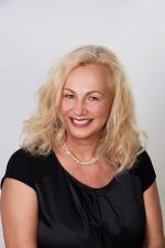 Andrea Irrgeher-Ovszenik